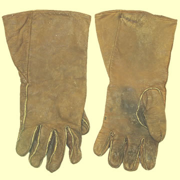 Pilot\'s Flying Gloves - Click for the bigger picture