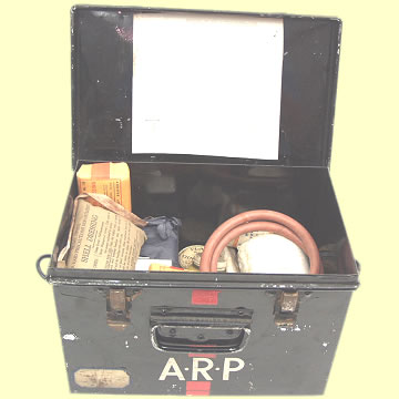 Air Raid Precaution First Aid Tin - Click for the bigger picture
