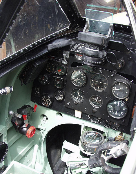 Aeronautical Collectables - Aviation Instruments & Tools