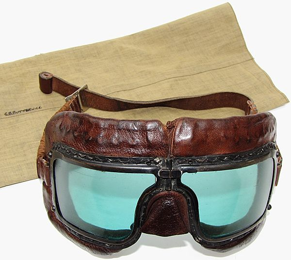 RAF Issue Mk 111 Flying Goggles - Click for the bigger picture