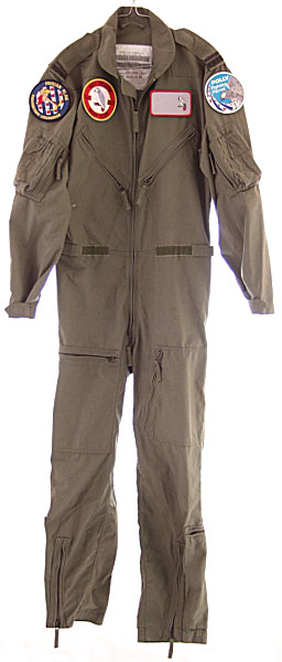 Royal Netherlands Air Force Flying Suit NSN 8415-17-053-7651 - Click for the bigger picture