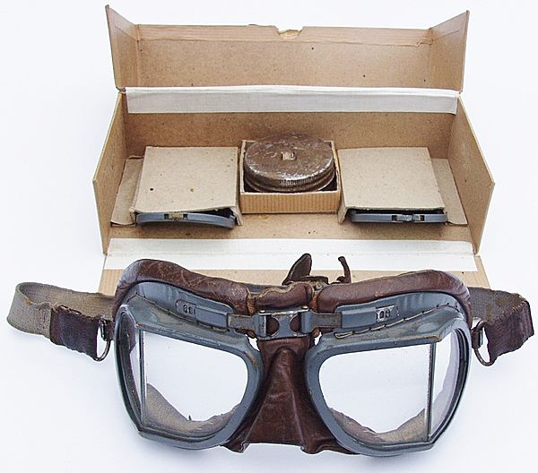 RAF Mk V111 Flying Goggles - Click for the bigger picture