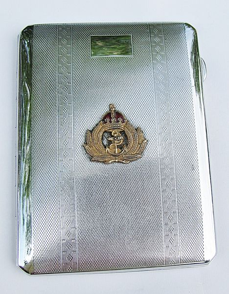 Royal Navy Cigarette case - Click for the bigger picture